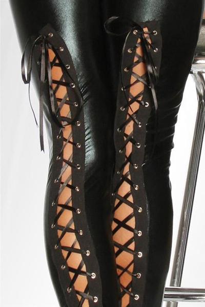 sexy-glanz-leggings-wetlook-mit-schnuerung-schwarz_1_b2