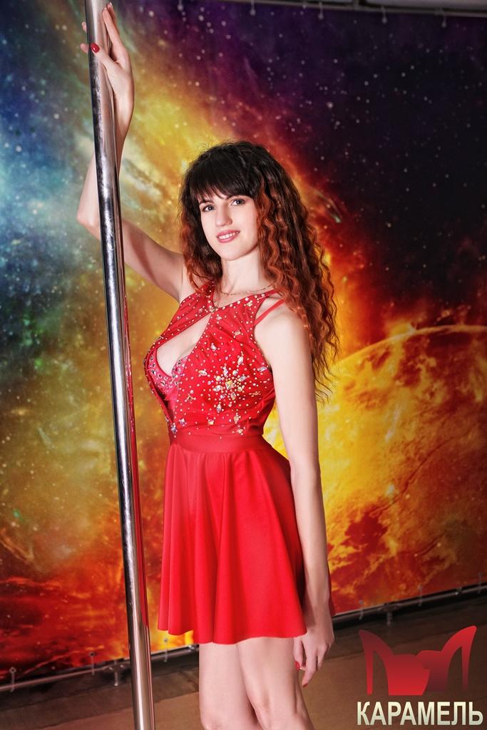 48d0320a13ed7d8 Короткое красное платье в камнях — купить в Москве   Эротическое ...
